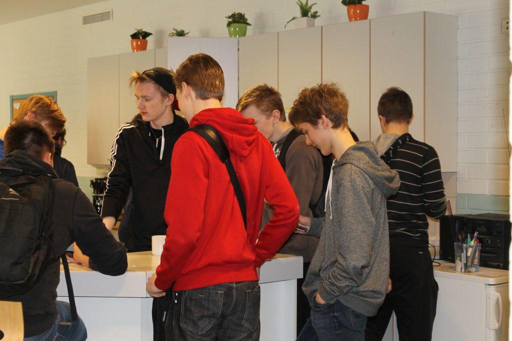 Opiskelijakunnan kahvihetiki | Vetelin lukio